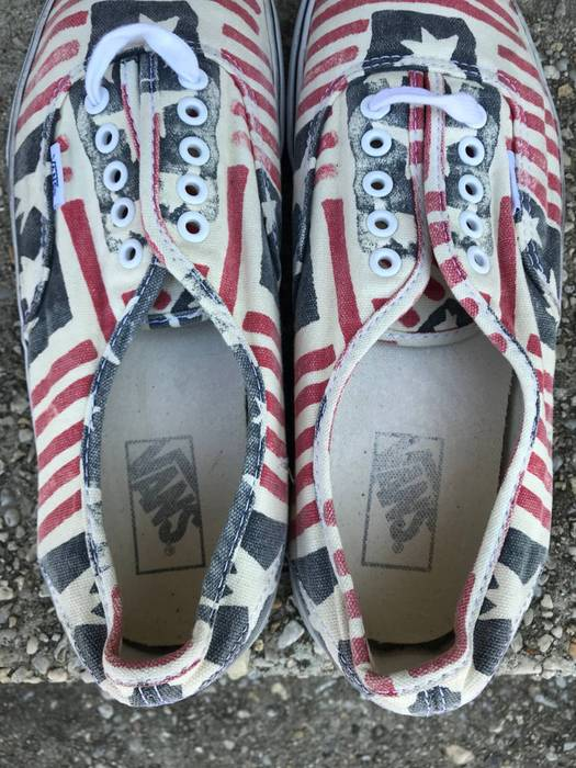 Vans  WANT GONE!  2012 Release Van Doren American Flag USA Authentic ... d3ccb3433