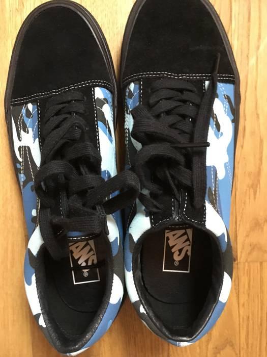 c96b7a39242823 Supreme Vans x Supreme Blue Camo Old Skool Size 9.5 - Low-Top ...