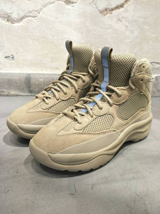 2cb25daf29bc6 Yeezy Season Yeezy season 6 desert boot taupe Size 6.5 - Boots for ...