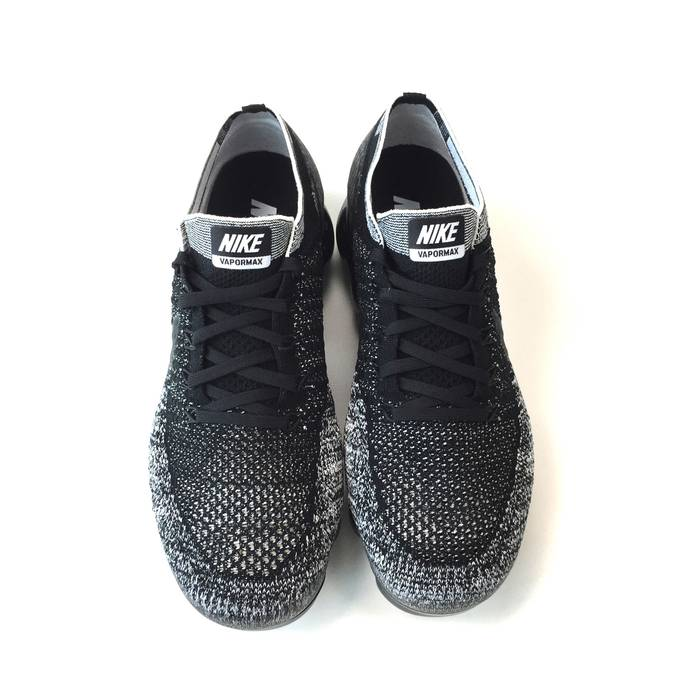 Nike NikeID Vapormax Black Oreo ID DS Size 12 - Low-Top Sneakers for ... 09073fd6e
