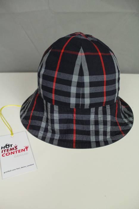Vintage Burberry Vintage Reversible Navy Nova Check Pattern Bucket Hat One  size (fits like S-M d3681e963c0