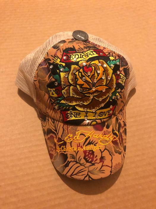 Vintage Ed Hardy Trucker Size one size - Hats for Sale - Grailed 077d341bffe1