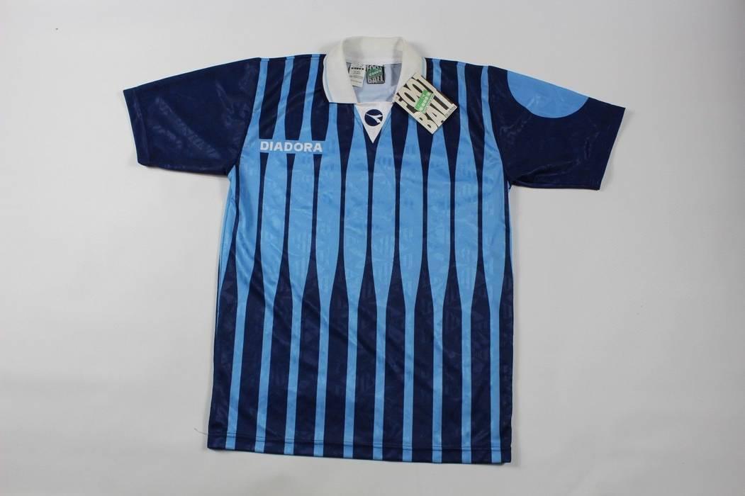 Vintage Vintage 90s New Diadora Mens Medium Italia Italy Striped Soccer  Jersey Blue Size US M d1631d936
