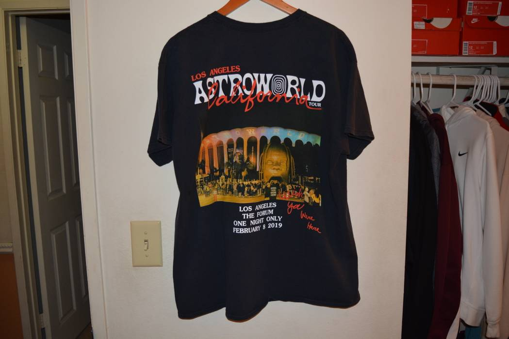 86f48ee82 Travis Scott. Travis Scott Astroworld Tour Merch Los Angeles The Forum ...