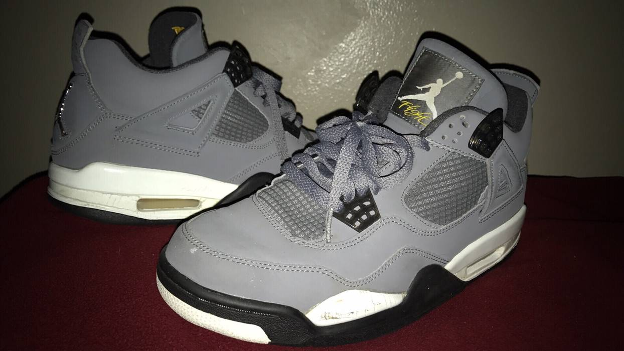 2133e5f60d10fc Jordan Brand 2004 Cool Grey 4s Size 9 - Hi-Top Sneakers for Sale ...