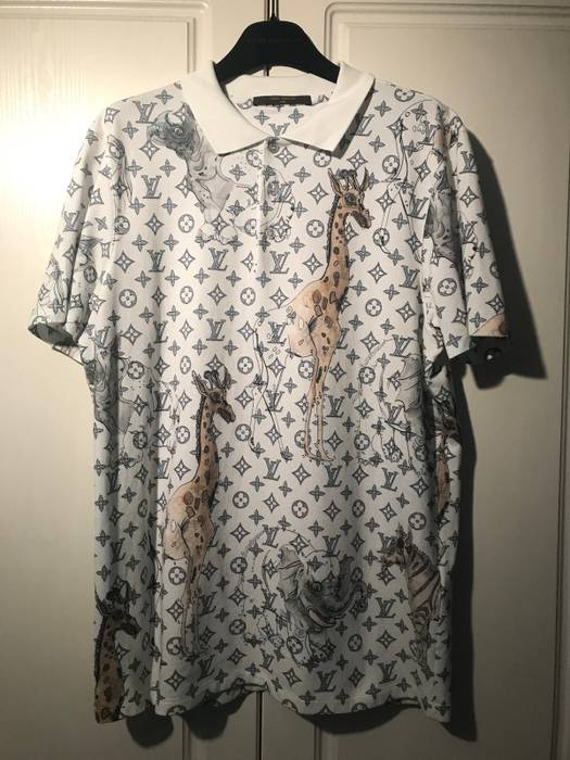be7daddbe9e5 Louis Vuitton Not To Dot Polo Shirt Size l - Polos for Sale - Grailed
