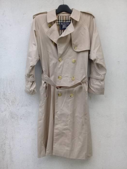 58200d79b4f3 Burberry Burberry The Kensington Long cotton-gabardine trench coat ...
