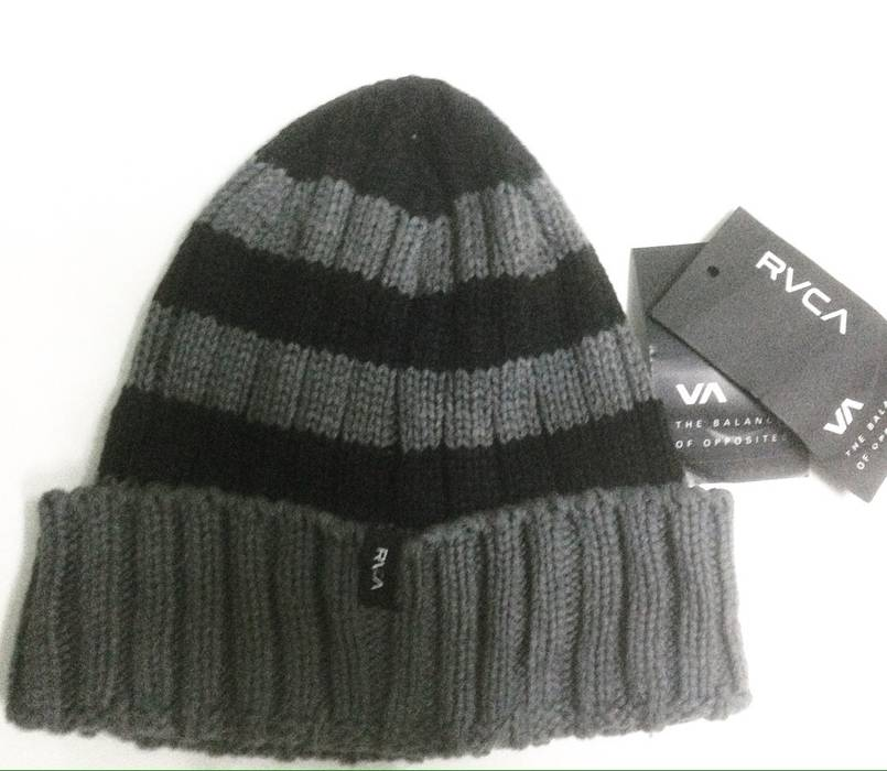 Rvca RVCA BEANIE Size one size - Hats for Sale - Grailed 615ba5264d3