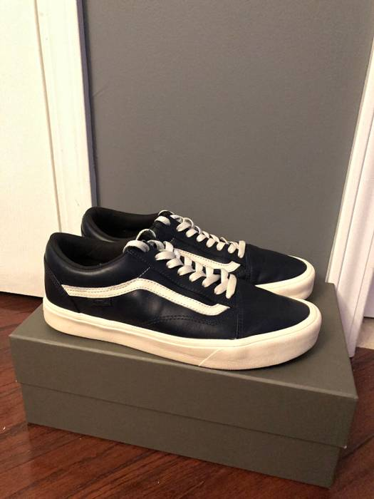 e899e9265f Vans Navy Old Skool Lite LX Size 9 - Low-Top Sneakers for Sale - Grailed
