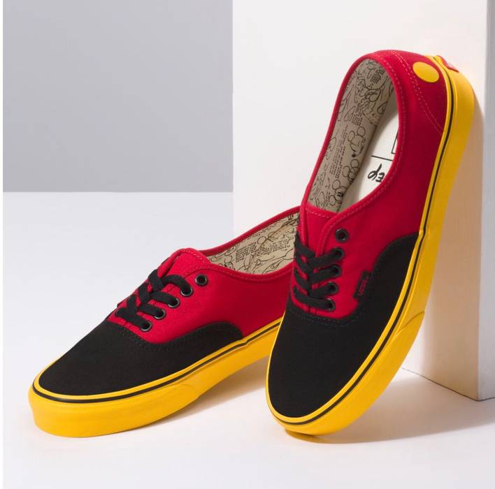 01f5bbf6f765fb Vans Vans Authentic (Disney) Mickey Red Yellow Size 10 - Low-Top ...