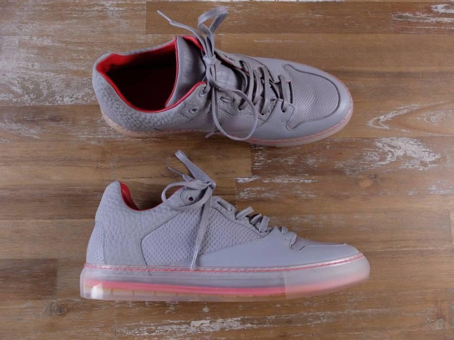 Balenciaga BALENCIAGA Paris low top gray leather sneakers authentic ... 2efb0b32065e