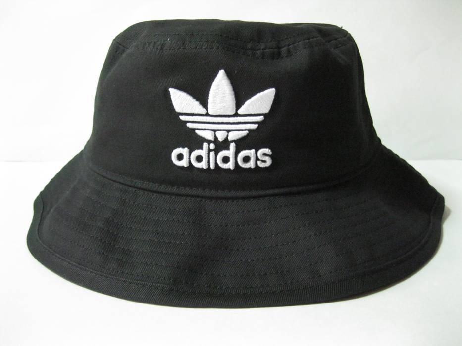 Adidas Originals Womens Adicolor Bucket Hat Black OSFW BK7345 Size ONE SIZE  - 1 974498efdae