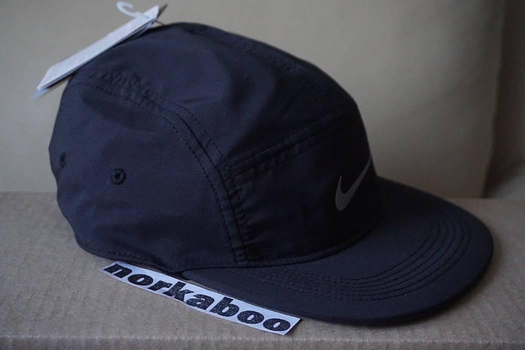 9e8453cc8ef Nike Nike Running AW84 Unisex 5 Panel Running Cap Hat 876077-010 Size ONE  SIZE