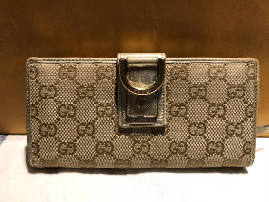 986105b37d13 Gucci Gucci canvas leather d -ring gold bi-fold wallet Size one size ...