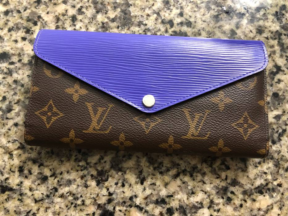 7863198a39bc Louis Vuitton Violet Louis Vuitton Josephine Wallet Size one size ...
