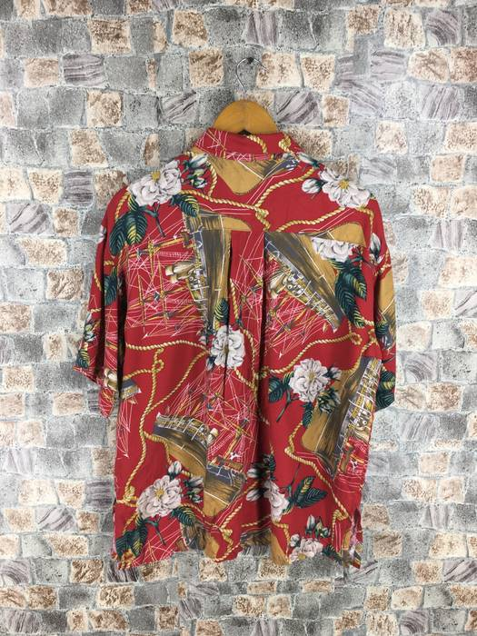 9092a6954e947c Hawaiian Shirt Vintage Hawaiian Royalty Baroque Shirt Large 90 s Colourful  Floral Printed Luxury Style Gold Chain