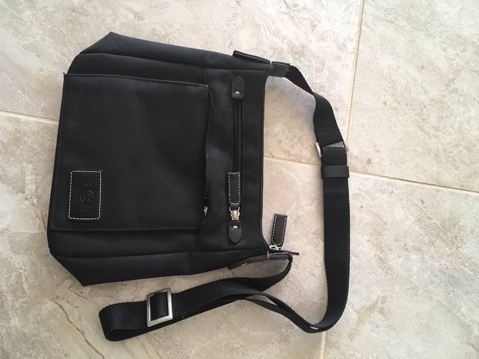 251b5616aa3a Yohji Yamamoto Yohji Yamamoto Black Shoulder Bag small side bag Size ONE  SIZE