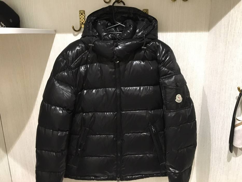 9a63a0b2d022 Moncler Moncler Maya Down Jacket Winter Size m - Light Jackets for ...