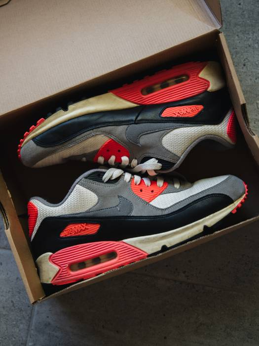8b276bd9c86 Nike Nike Air Max 90 OG Infrared Vintage (2013) Size 10.5 - Low-Top ...