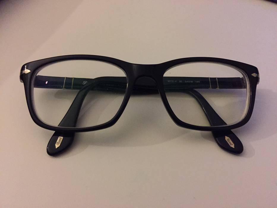 cf06695d7d Persol Persol 3012 V Size one size - Glasses for Sale - Grailed