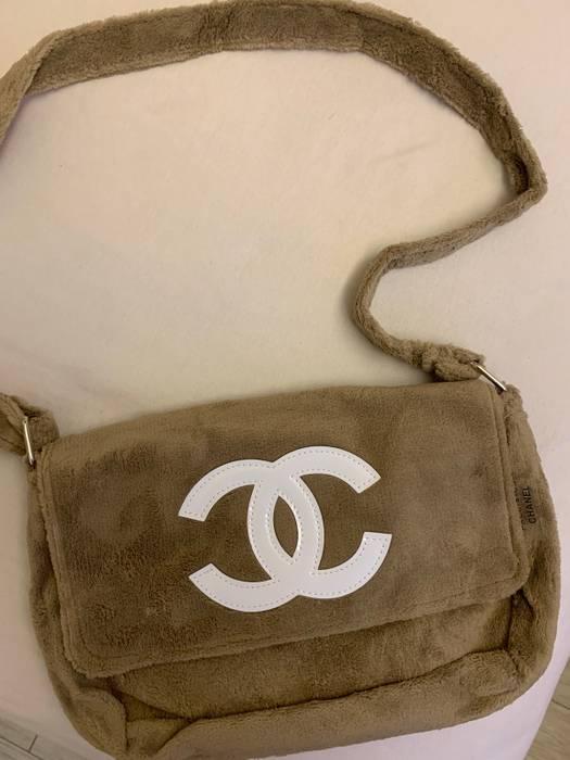 1148d2293af0ea Chanel Chanel Precision Faux Fur Sling Bag Size one size - Bags ...