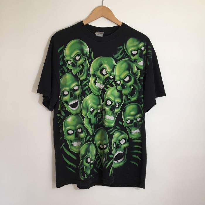 Vintage Liquid Blue Green Skull Pile All Over Print Vintage T-Shirt   Juicy  J ab9ed60d6