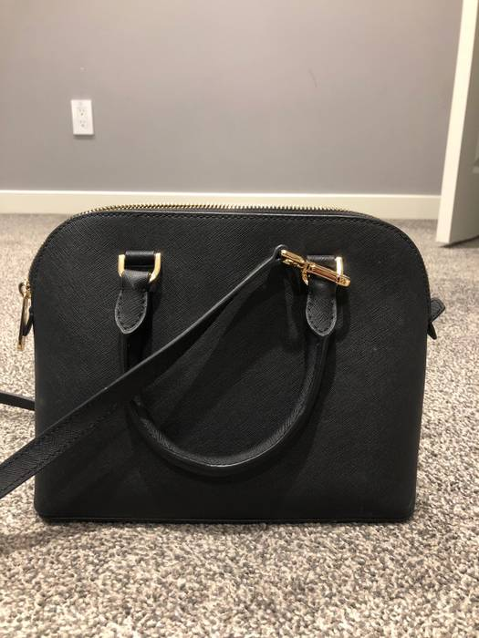 73a79c95f0d6 Michael Kors Michael Kors Size one size - Bags   Luggage for Sale ...