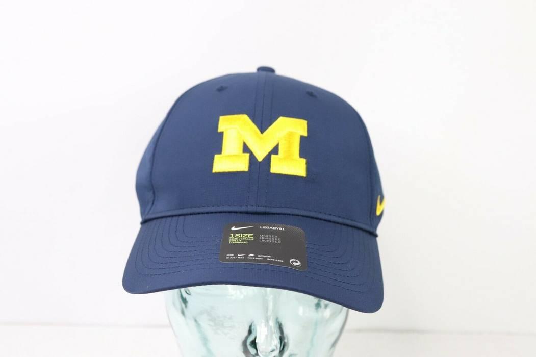 Nike New Nike Dri-Fit Legacy 91 Adjustable Michigan Wolverines Hat ... c258b572f43