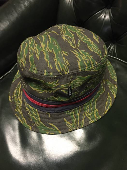 d2c947bdbb8 Undefeated UNDFTD Tiger Camo bucket Hat Size one size - Hats for ...