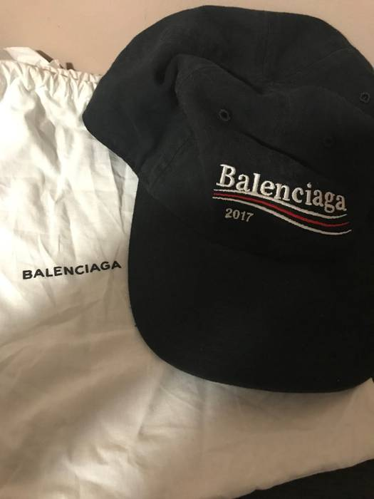 778db2ca006 Balenciaga Balenciaga Bernie Hat Size one size - Hats for Sale - Grailed