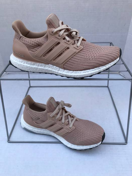 265b2e93481 Adidas Ultra Boost 4.0 Ash Pearl   Pink   Peach Size 8 - Low-Top ...