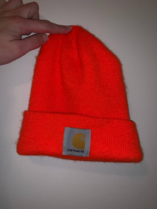 Carhartt Orange Carhartt Beanie Size one size - Hats for Sale - Grailed b76df7fa06c