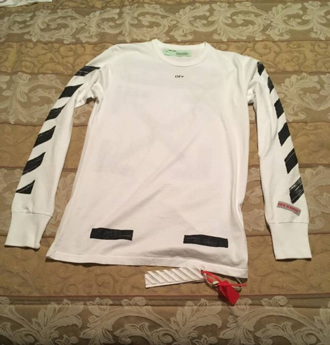 4e38d066dc23b Off-White Brushed Diagonal Arrows Long-Sleeve Cotton T-Shirt Size m ...