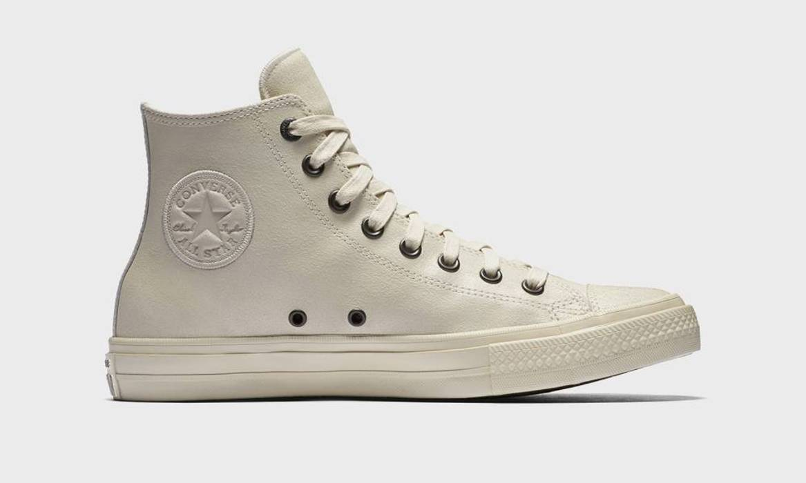 1928080ee680 Converse CONVERSE X JOHN VARVATOS CHUCK TAYLOR ALL STAR II CRACKED LEATHER  (OFF WHITE)