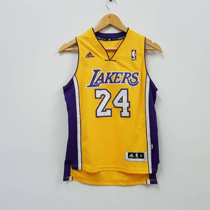 Adidas Vintage adidas LAKERS NBA team jersey for women Size m - Tank ... 8e929bc56