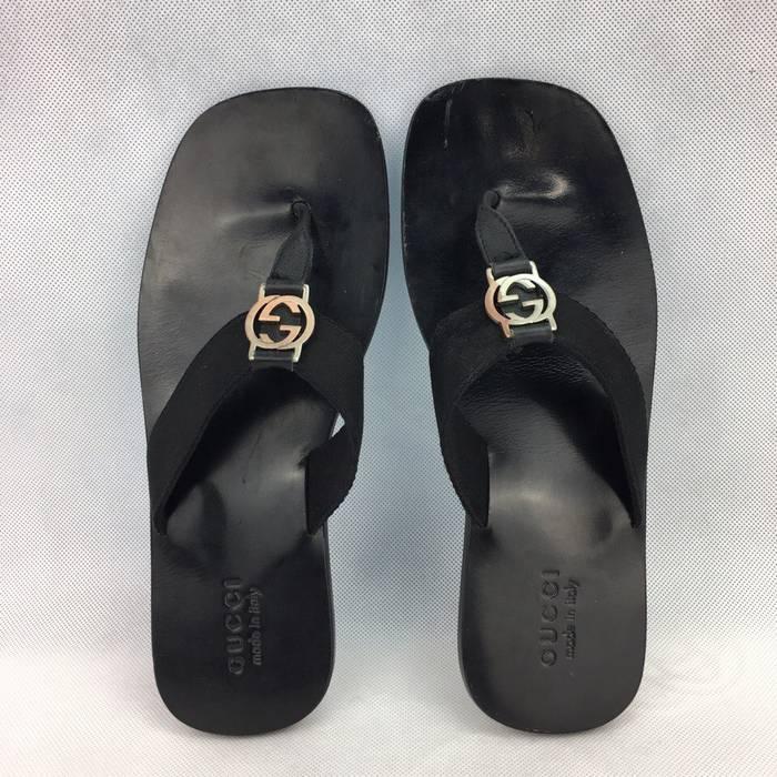 cf6a4880303 Gucci GUCCI Men s Black Leather Slilver GG Logo Thong Sandals   Flip Flops  Size US 9.5