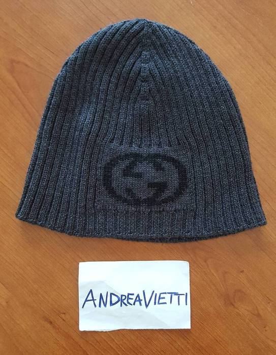 Gucci Gucci logo beanie Size one size - Hats for Sale - Grailed 4695570a9e6