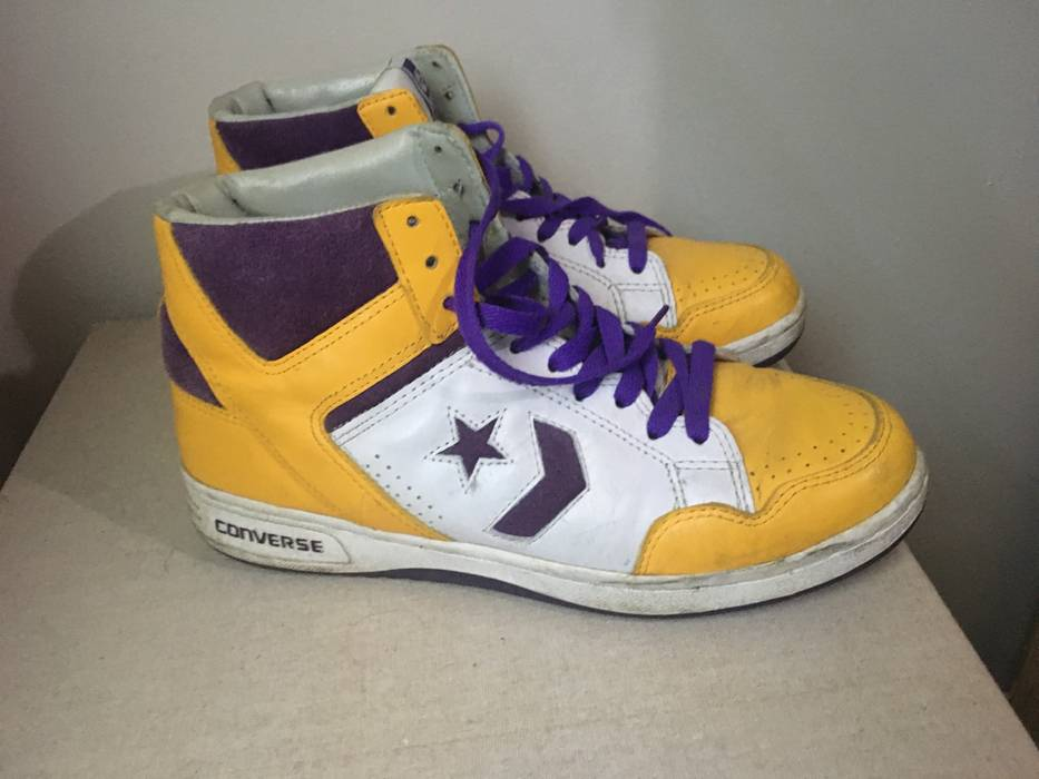9d4a5bdb2f9e0b Converse 1986 Showtime Lakers Magic Johnson Converse Weapon Trainers Size  US 9.5   EU 42-