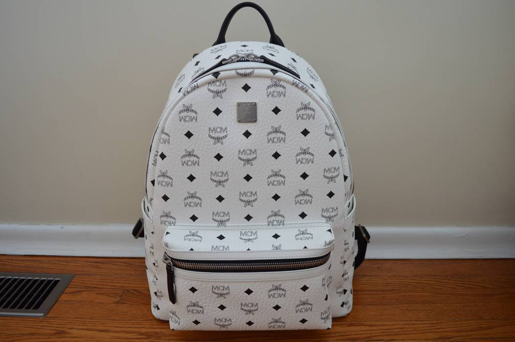 MCM White MCM Stark No Stud Medium Backpack Size one size - Bags ... d85b3d98812fc