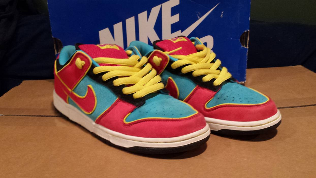 f750e4260c37 Nike NIKE SB DUNK LOW MS PACMAN SIZE 9 Size 9 - Low-Top Sneakers for ...