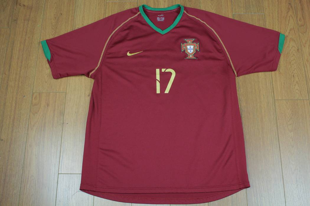 Nike Cristiano Ronaldo Portugal Soccer National Team Shirt Jersey ... e831114d4