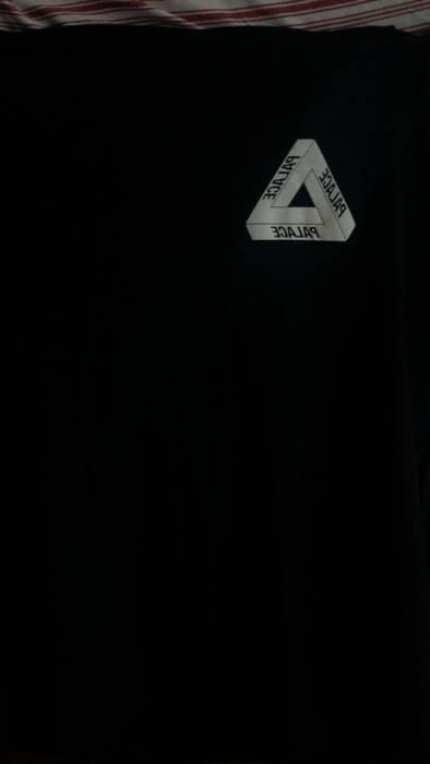 b0a0ee5b30e3 Palace Palace DSM Inverted Logo Triferg Size m - Short Sleeve T ...