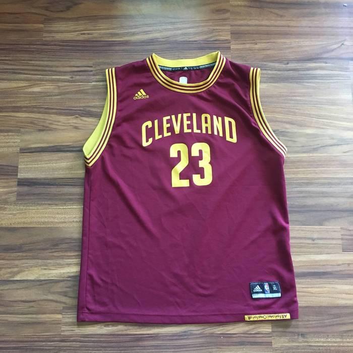 45278c0e3 Adidas Vintage ADIDAS Lebron James  23 Cleveland Cavaliers NBA Basketball  Jersey - Boys XL -