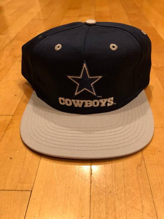 663701c2f Vintage Dallas Cowboys NFL Retro Snapback Cap Size one size - Hats ...