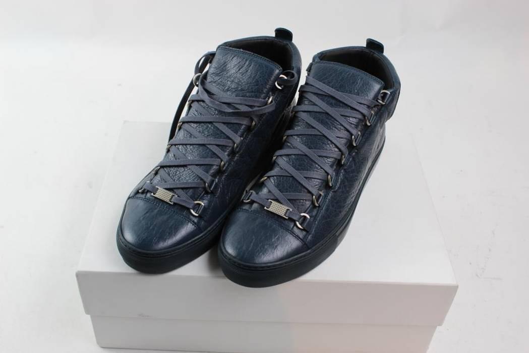 Balenciaga Balenciaga Arena Blue Leather Low Tops Size 9 - Low-Top ... 4eca4c15647c