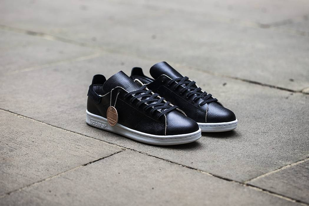 7253b661746 Adidas wings+horns x adidas Originals Stan Smith Size 8.5 - Low-Top ...