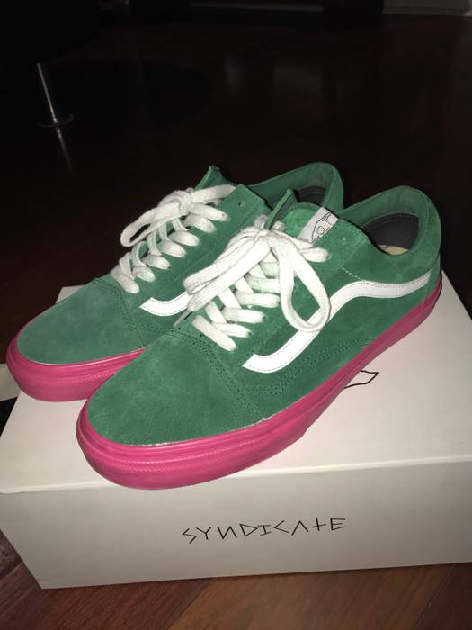fe03ed389de5 Vans odd future x vans syndicate old skool Size 9.5 - Low-Top ...