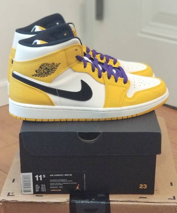 e85c6f2bb7e6 Nike Air Jordan 1 Mid SE Lakers Size 11.5 - Hi-Top Sneakers for Sale ...