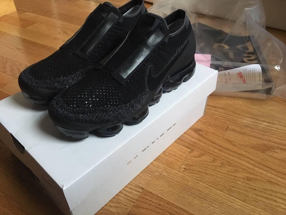 Nike Nike Air Vapormax CDG Black Size 7.5 - Low-Top Sneakers for ... 6836b8334