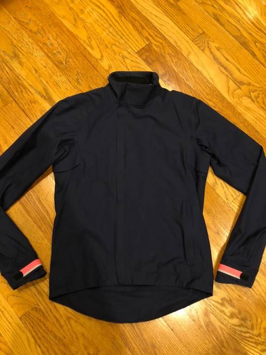 Rapha City Rain Jacket Classic I II Navy Commuter Rain Waterproof ... f896a82ea